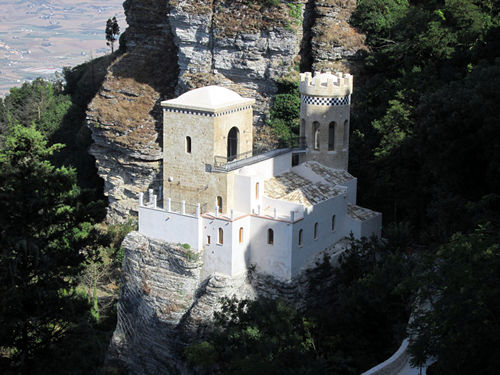 2 hours in Erice discovering Pepoli Tower