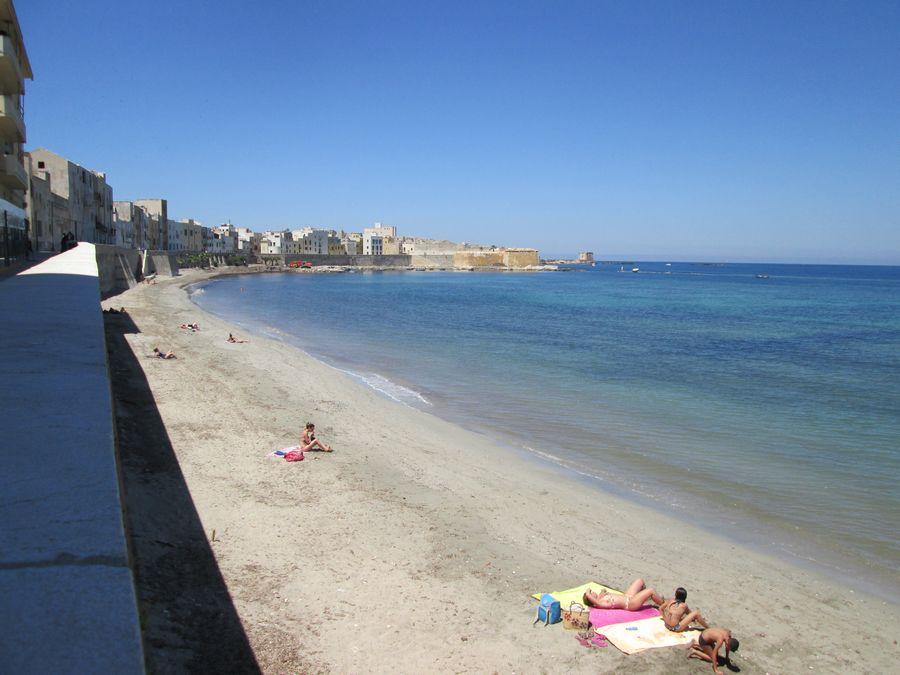 Spiaggia Trapani mura di Tramontana