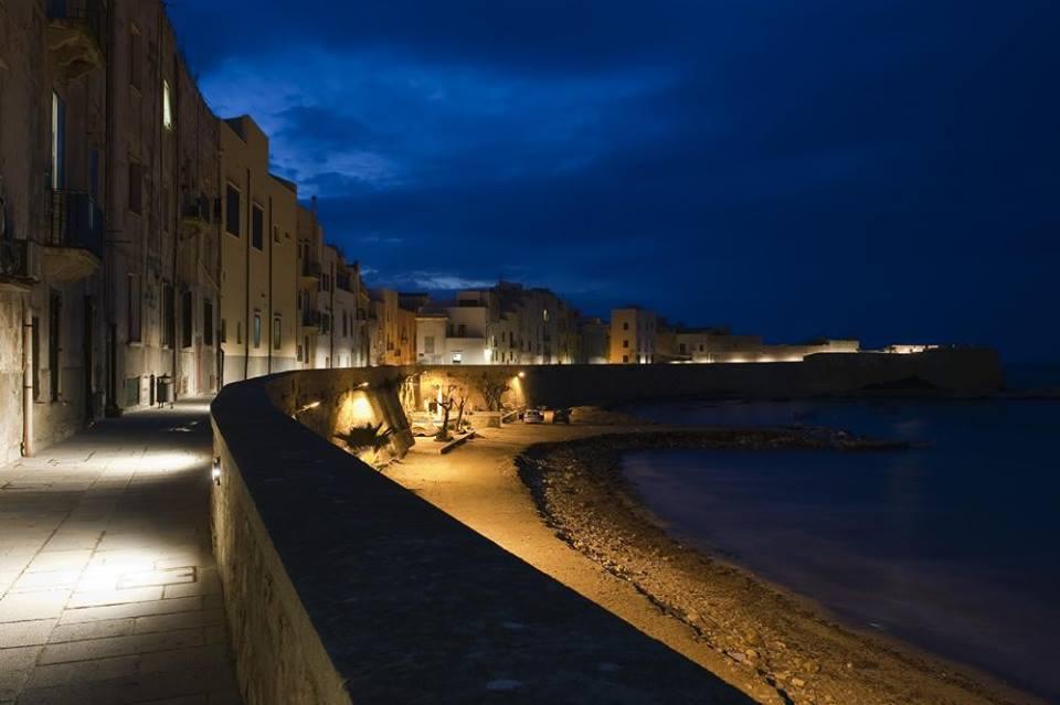 Tramontana walls at night