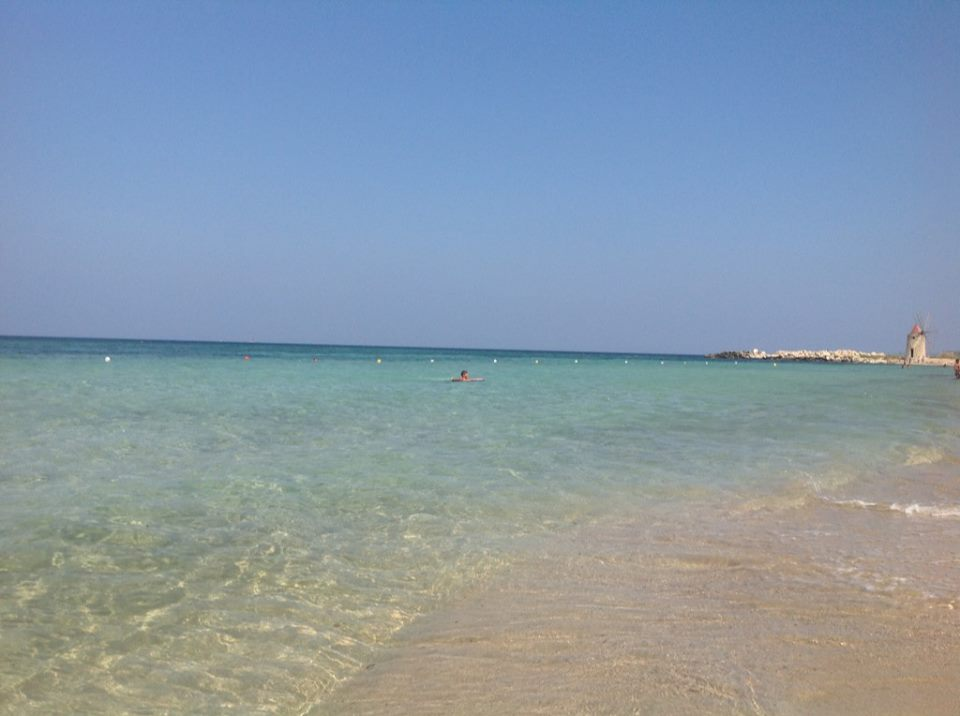 spiaggia e mare di Trapani