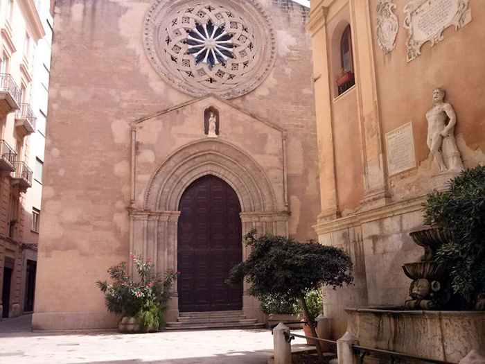 Piazza Saturno e Chiesa di S. Agostino