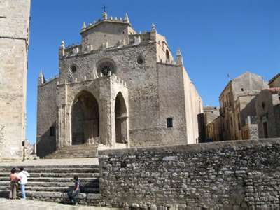 Erice, urban redevelopment of the historic center