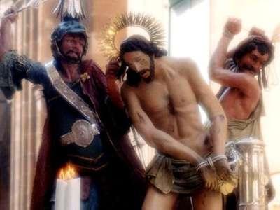 Mare e chiesa: la Pasqua dei turisti in Sicilia