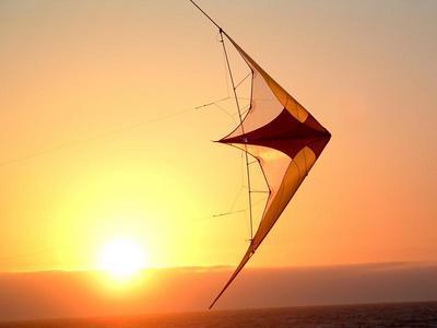 Visiting Sicily following a kite in San Vito Lo Capo