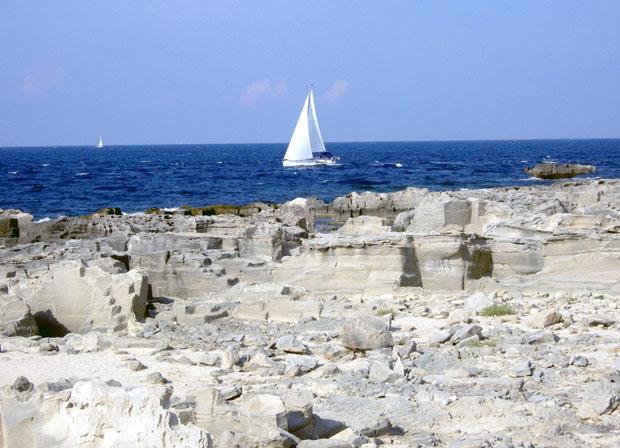 Nella tonnara di Favignana il mare azzurro si colorava di rosso