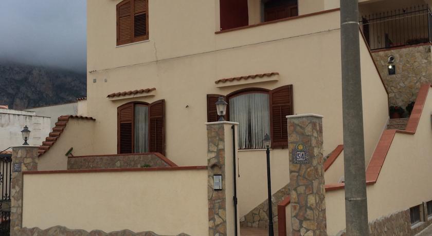 ApartmentConte di Cavoursan vito lo capo