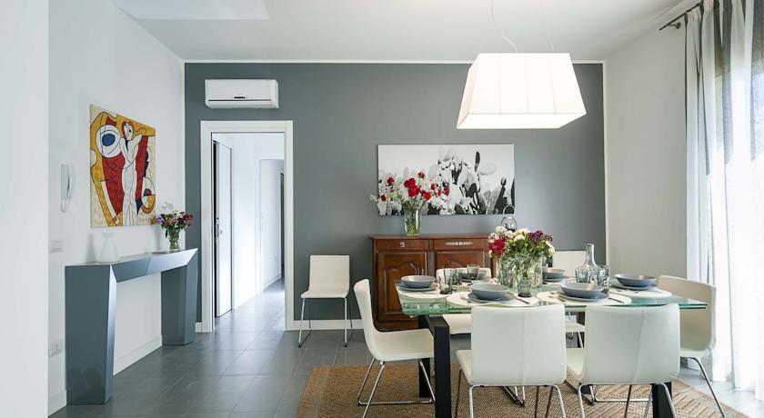 Apartment marsala suite in marsala from 30 to 70 per for Appartamenti decor
