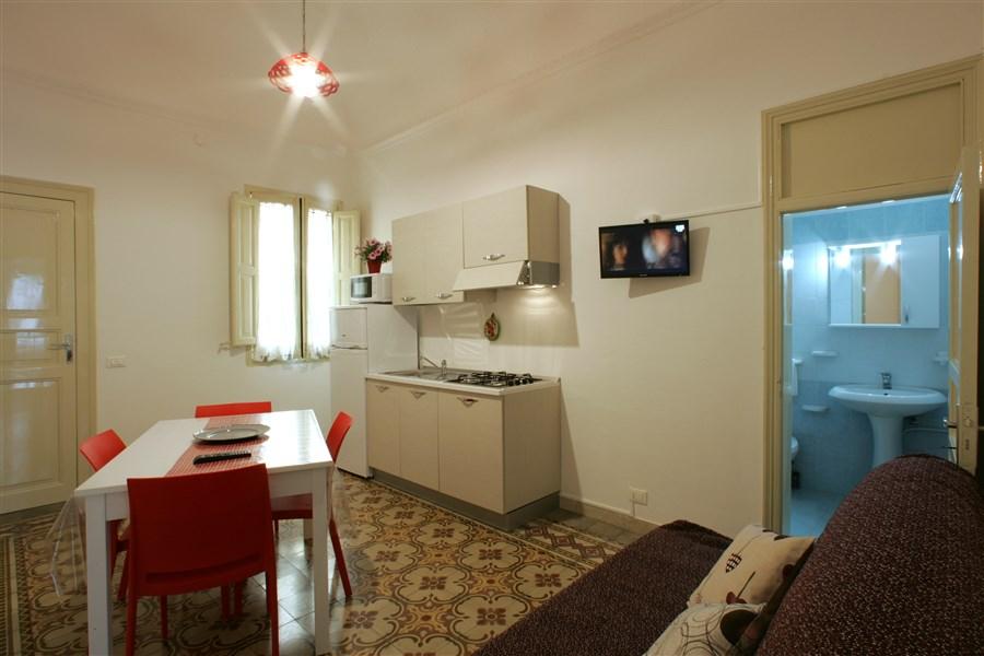 Appartamenti - via Livio Bassi, 63 - 91100 Trapani