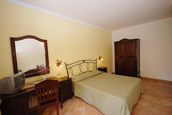 BeB - Viale Cristoforo Colombo 543 – 91010 Castelluzzo