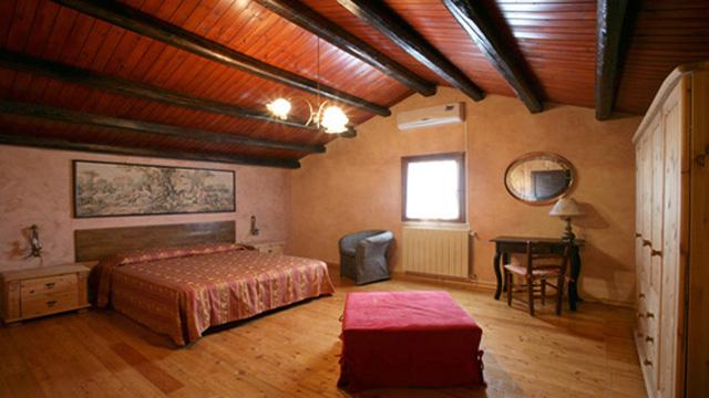 Triskele  Via Mazzasita, 64 – 91100 Trapani