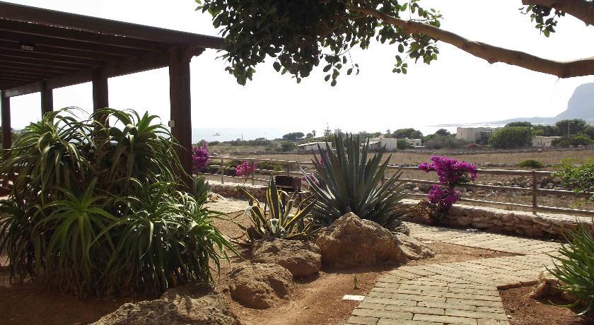 Case VacanzaGiardino delle Aloe
