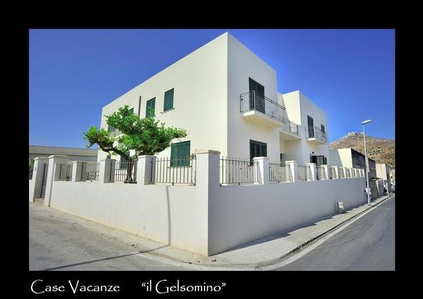 Via Simone Corleo 1, 91023 Favignana (TP)favignana