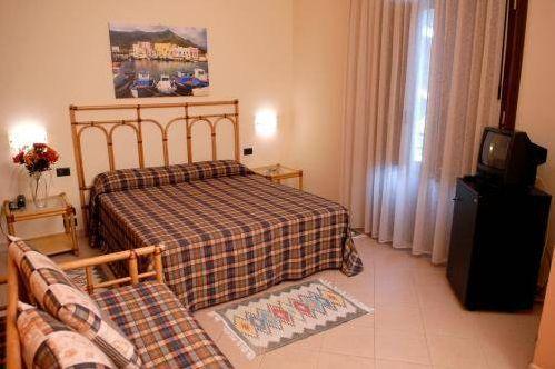 HotelAegusafavignana