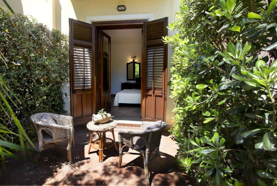 Hotel - Viale C. Colombo, 543 - 91100 San Vito lo Capo