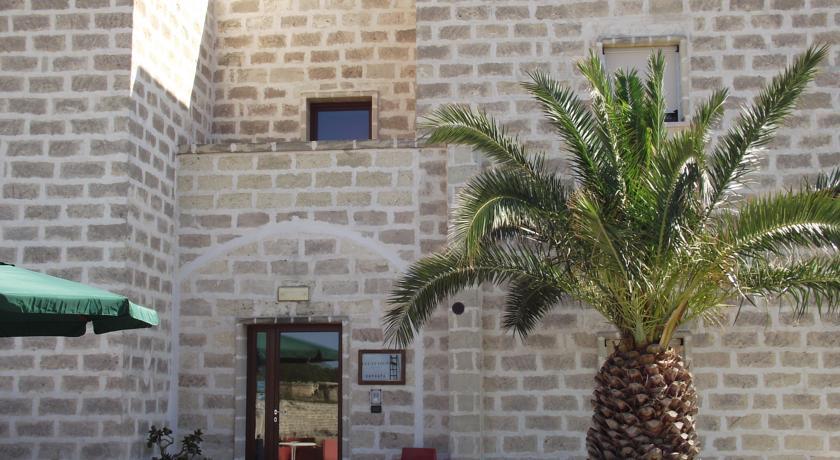 HotelDelle Cavefavignana
