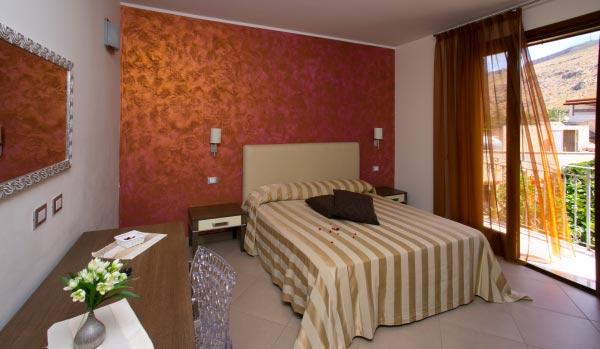 Hotel - Viale C. Colombo 543/A – 91010 Castelluzzo
