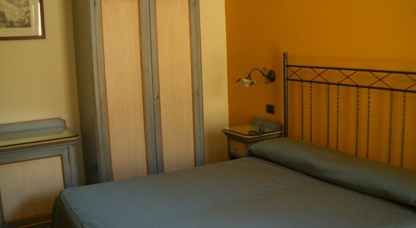 HotelTrinacria