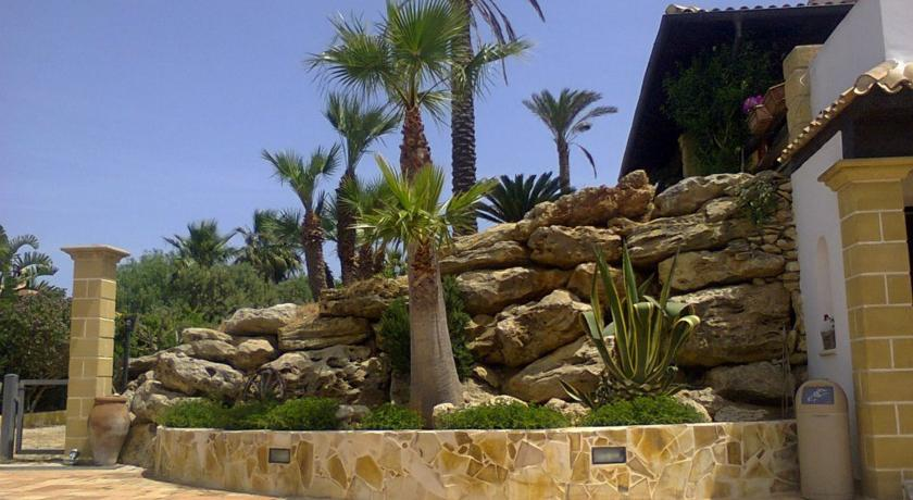 HotelVilla Carlo Resort