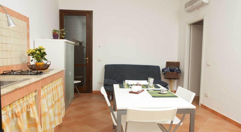 Residence - Via Badia - 91023 Favignana