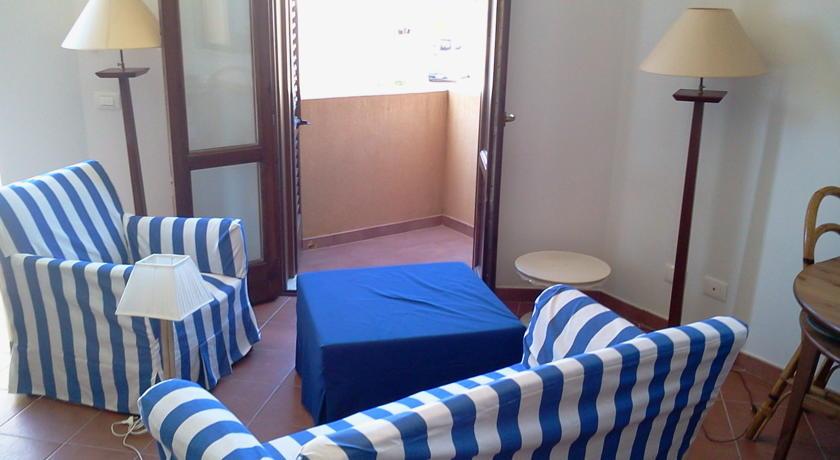 La Plaza  Via Badia - 91023 Favignana