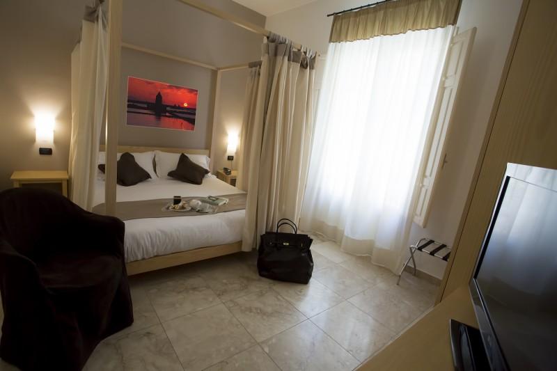 Residence - Via Badia Grande, 9 - 91100 Trapani